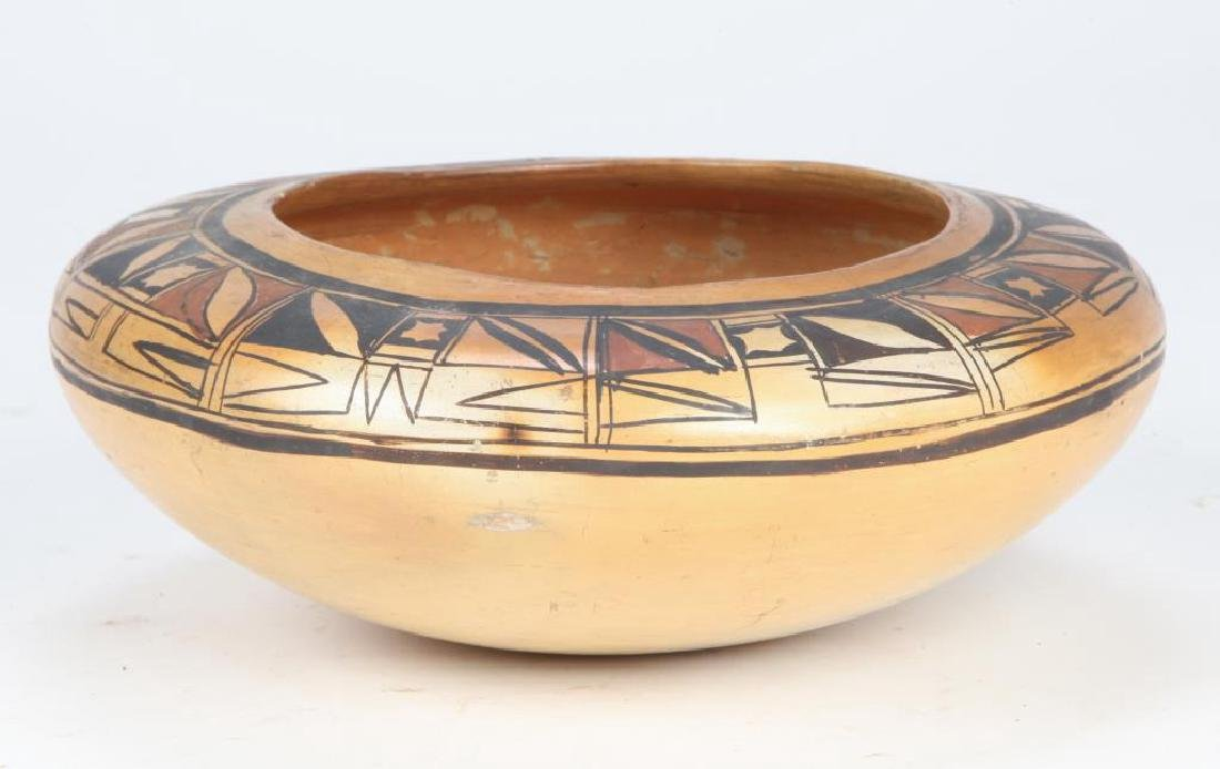SOUTHWEST NATIVE AMERICAN INDIAN BOWL