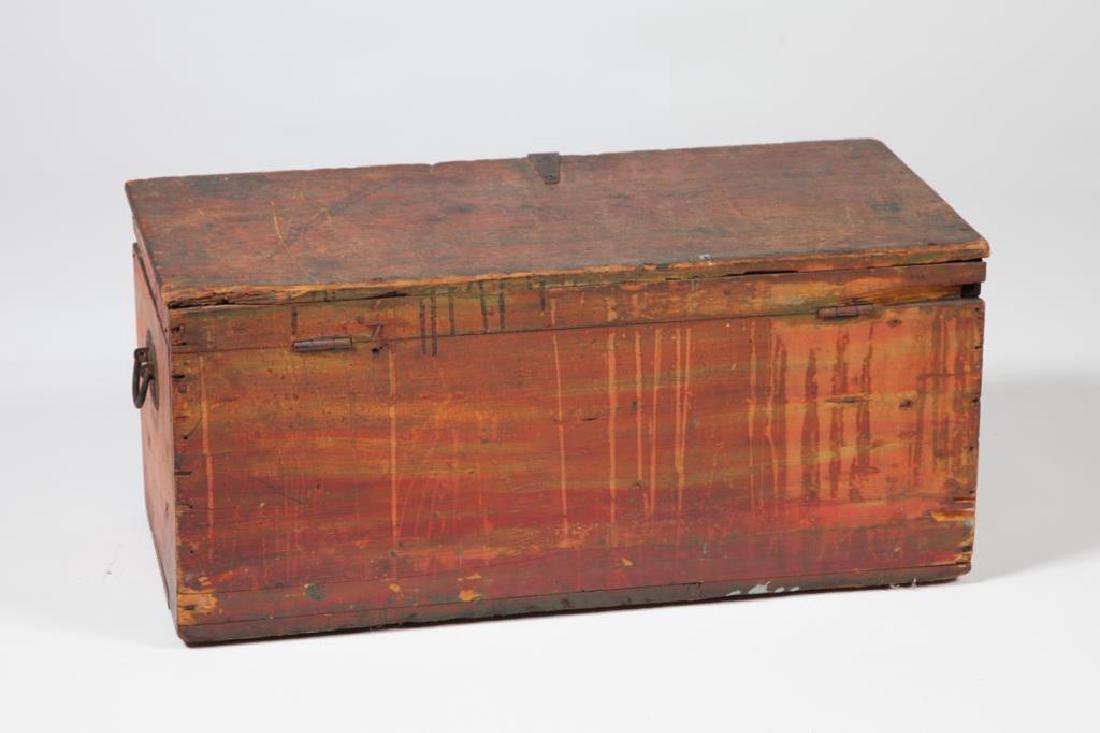 (19th c) WOODEN CHEST in RED PAINT - 3