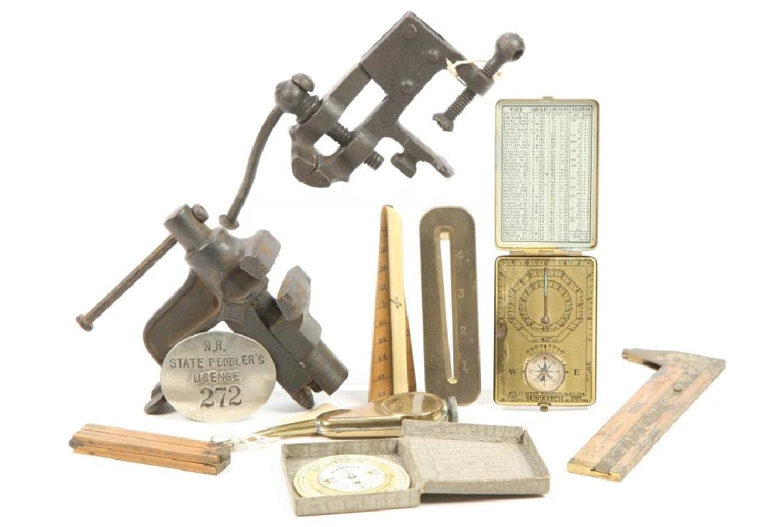 ASSORTMENT OF EARLY TOOLS, MEASURES & PEDDLER'S