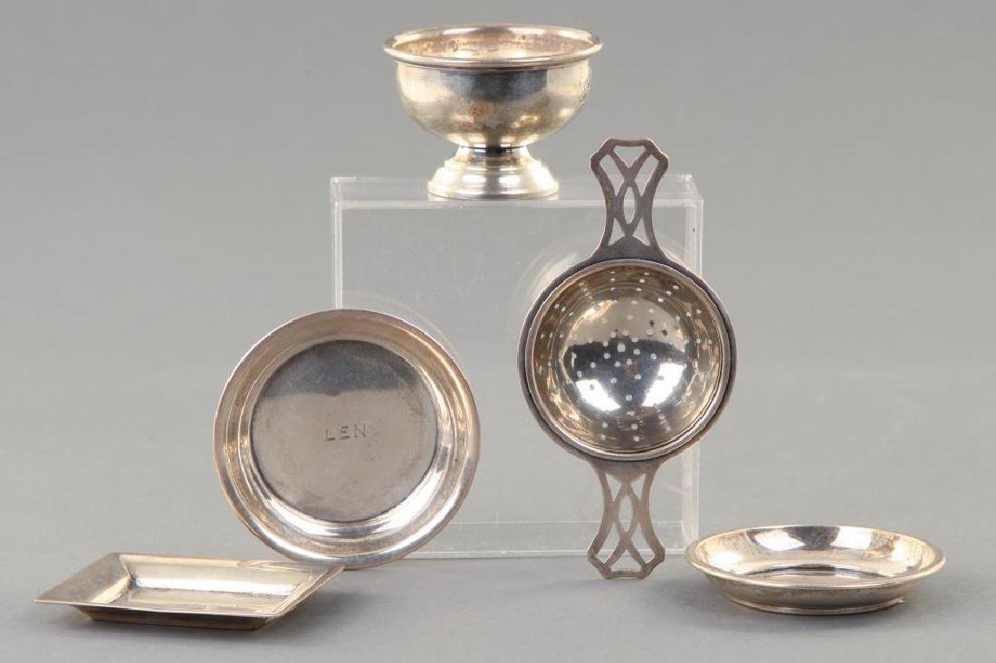ASSORTMENT OF STERLING SILVER