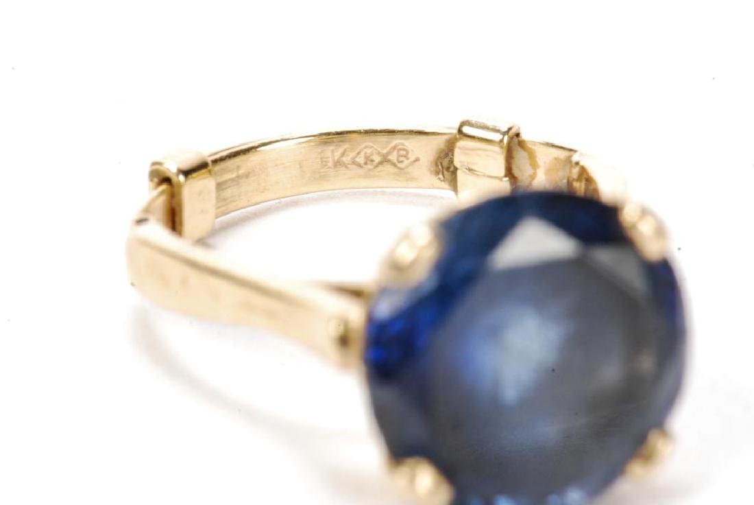 14k GOLD SYNTHETIC SAPPHIRE COCKTAIL RING - 4