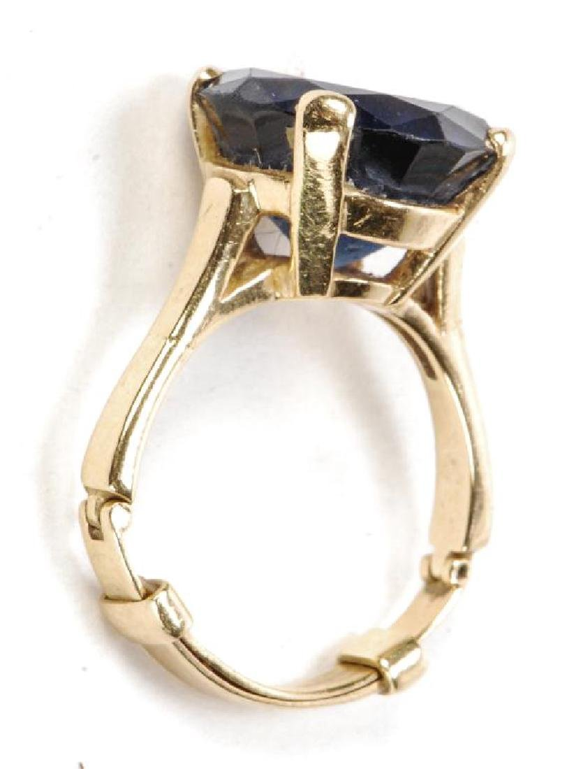 14k GOLD SYNTHETIC SAPPHIRE COCKTAIL RING - 6