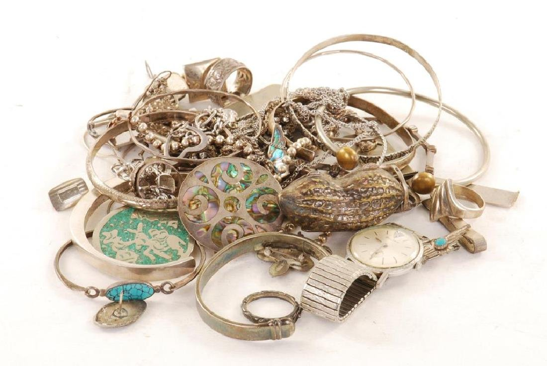 LARGE DISCOVORY LOT OF SILVER JEWELRY