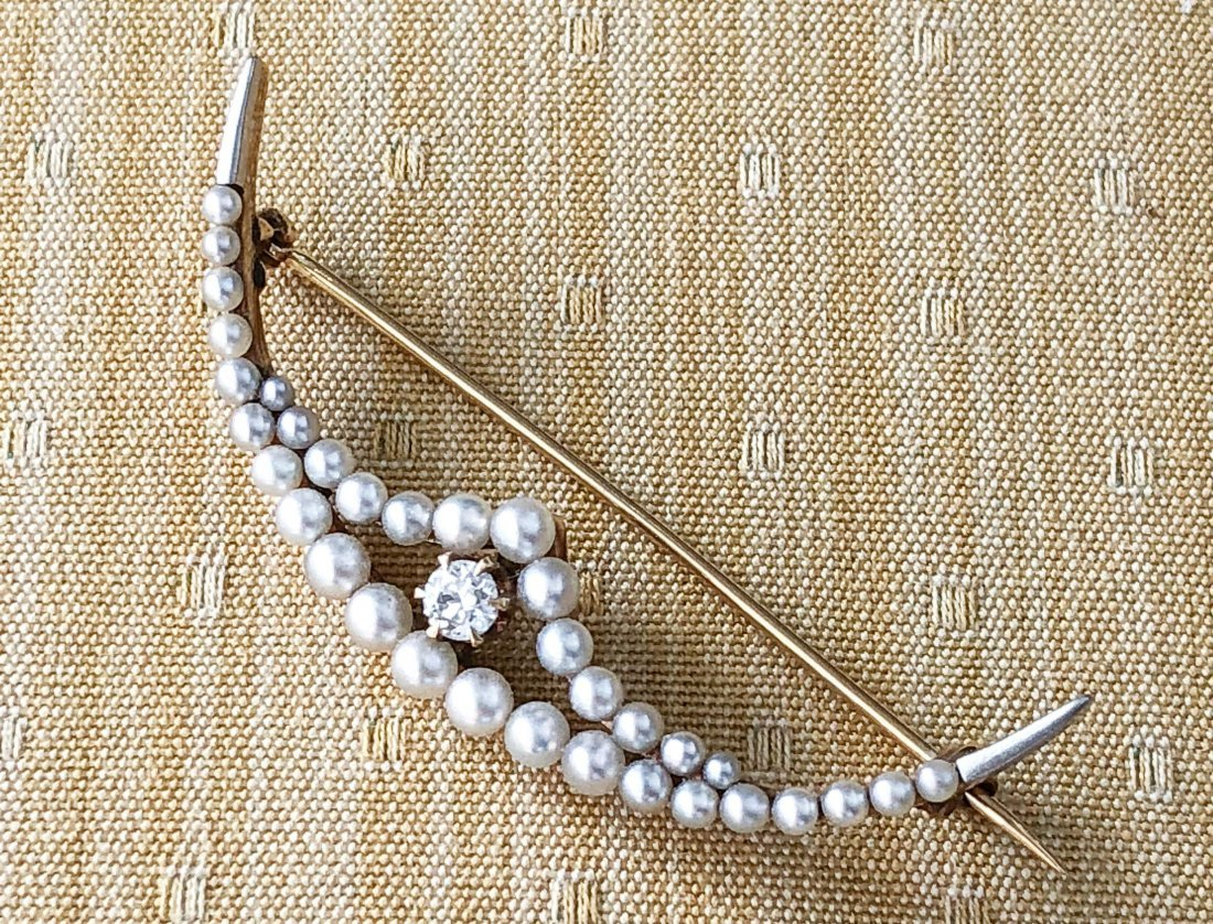 14k GOLD CRESCENT BROOCH SET with DIAMOND & PEARLS