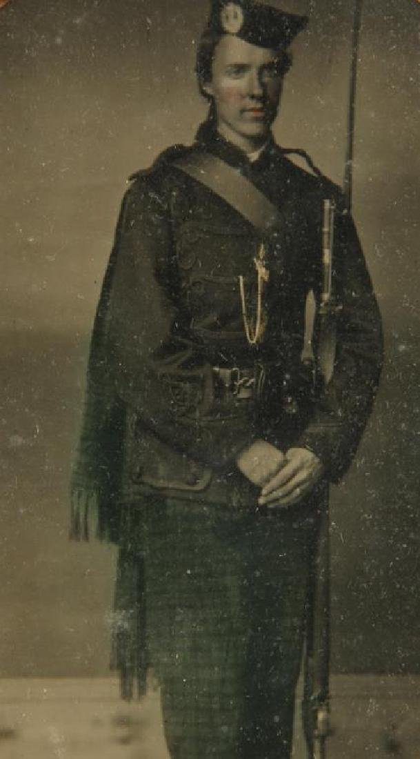 AMBROTYPE of RICHARD ROOME SCOTCH REGIMENT - 2