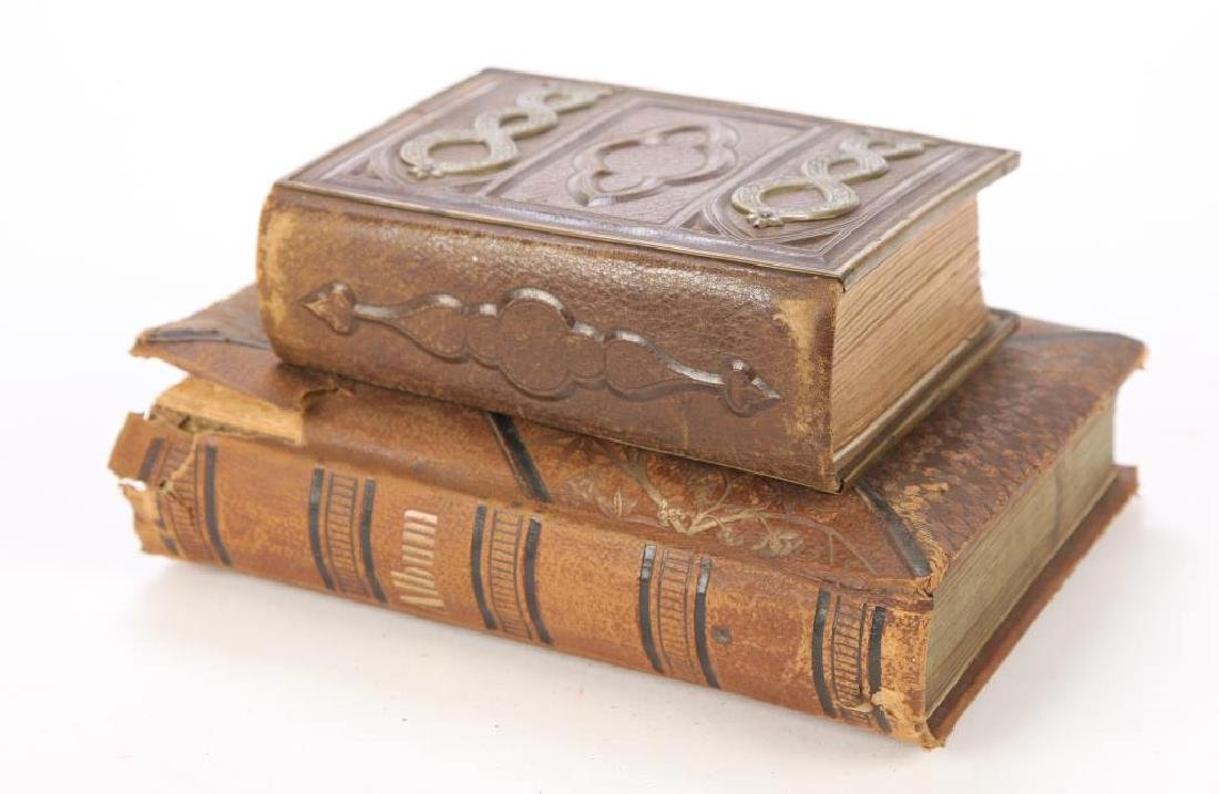 CDV AND CABINET CARD ALBUMS