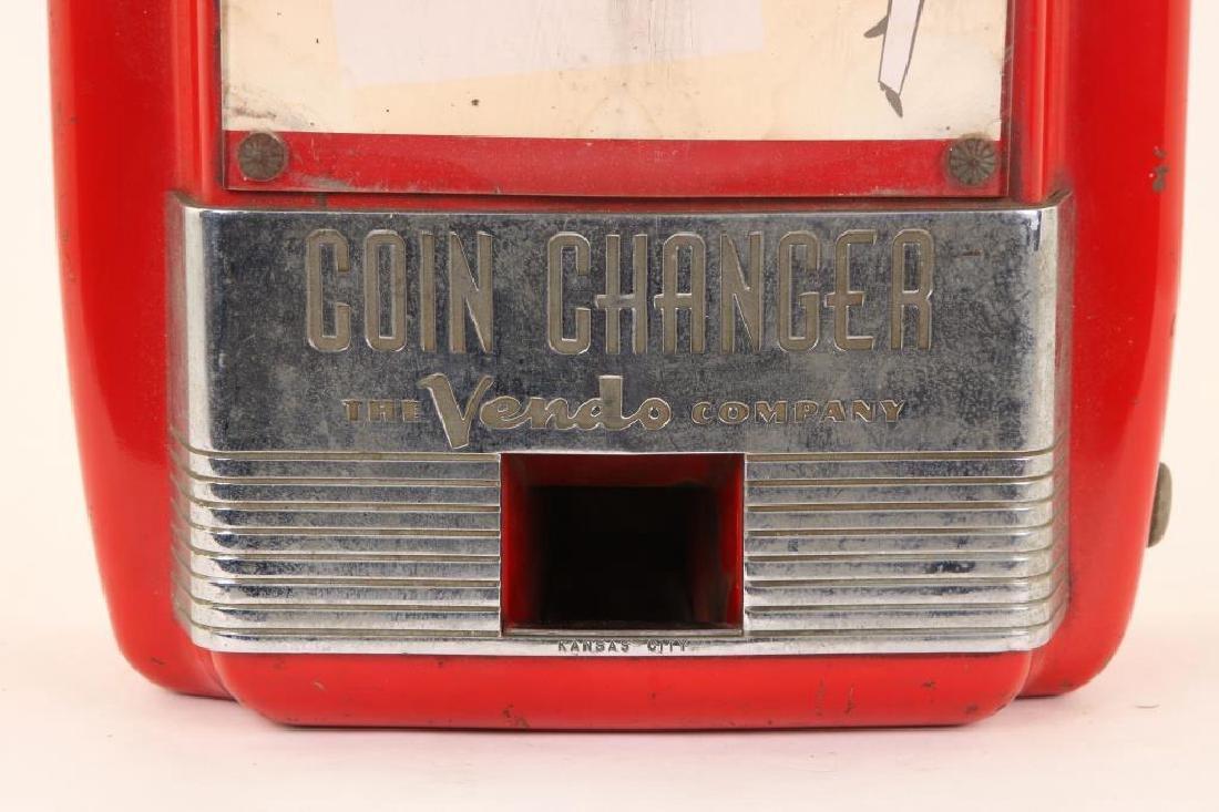 MID-CENTURY VENDO COMPANY COIN CHANGER - 2