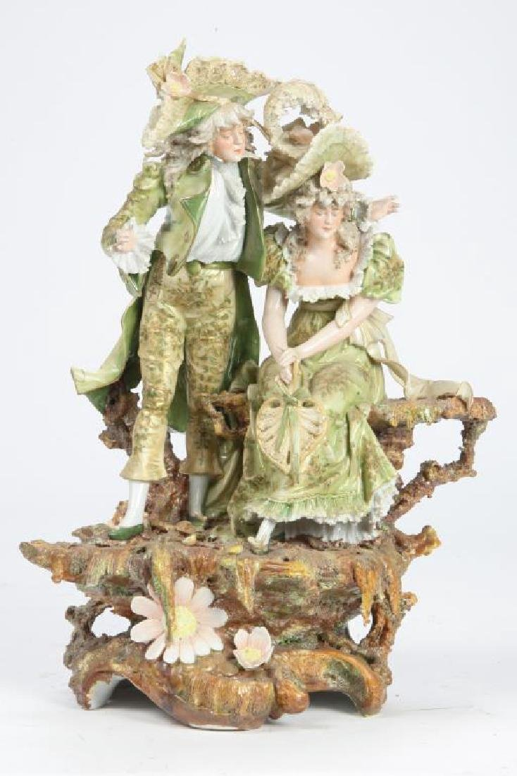 CONTINENTAL PORCELAIN FIGURE GROUP