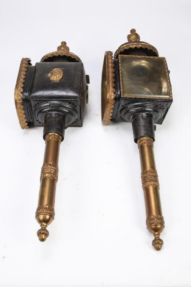 PAIR OF FANCIFUL CARRIAGE LAMPS - 3
