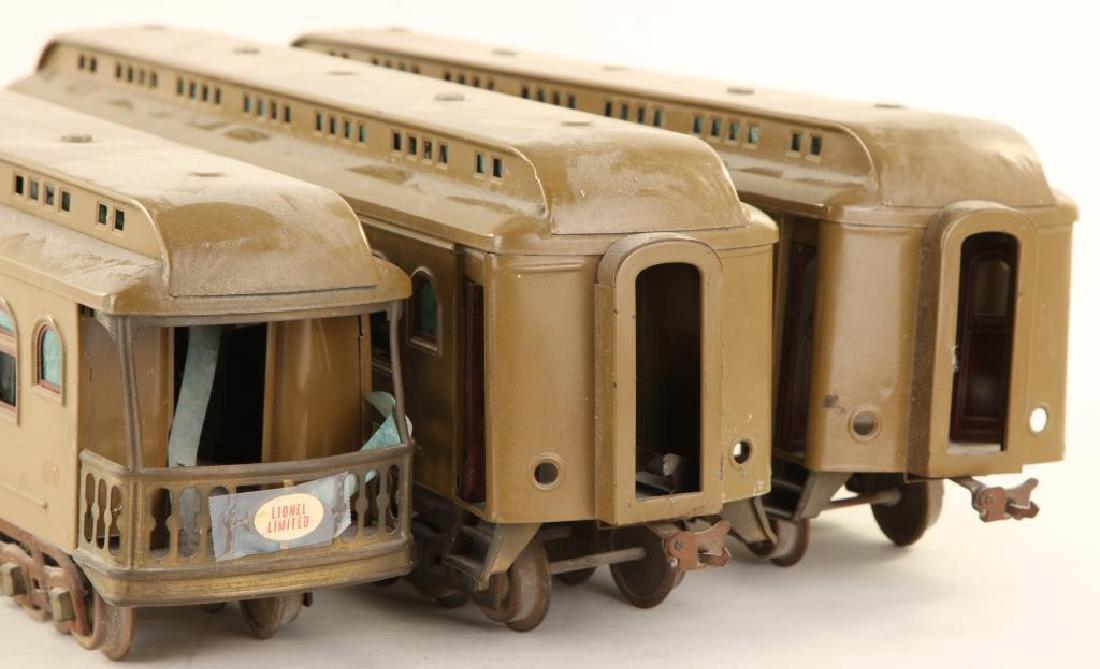 (3) LIONEL TRAIN CARS - 4