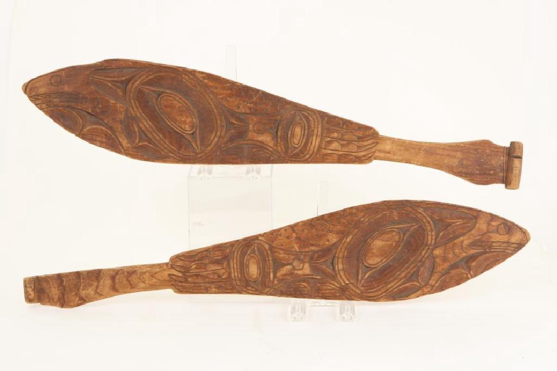 PAIR OF PACIFIC NORTHWEST CANOE PADDLES c.1890 - 6