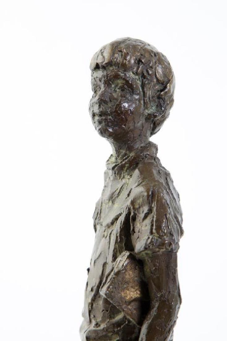"AMERICAN SCHOOL (20th c) Sculpture ""Boy with Book"" - 4"