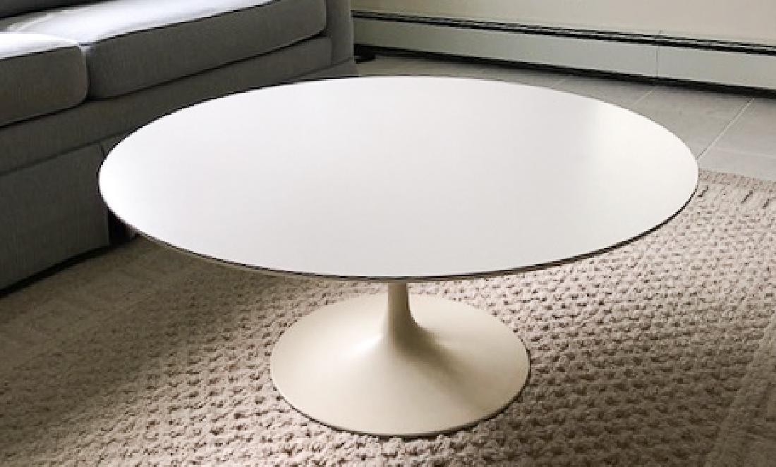 EERO SAARINEN TULIP COFFEE TABLE for KNOLL 15 1/4 x 36