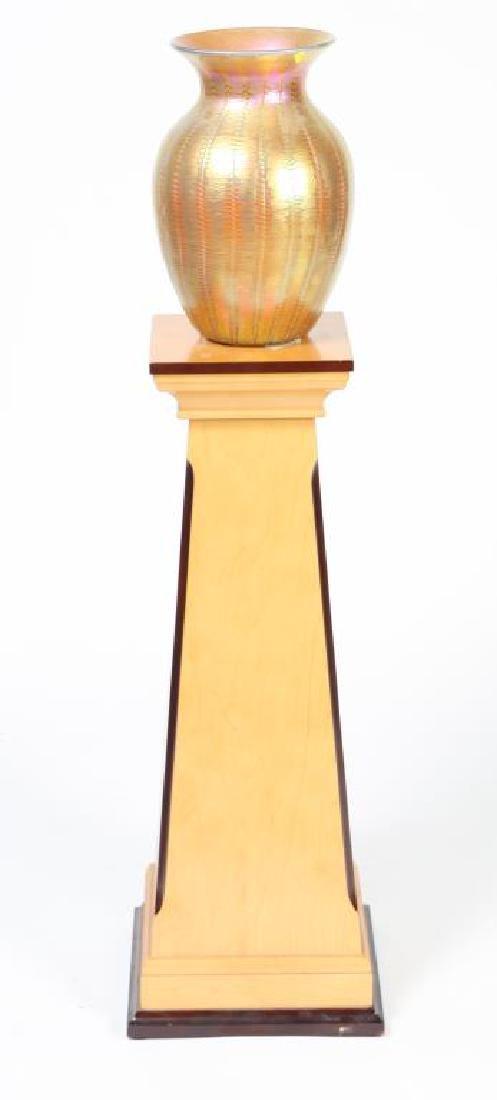 LUNDBURG STUDIOS IRIDESCENT ART GLASS VASE 20 inches