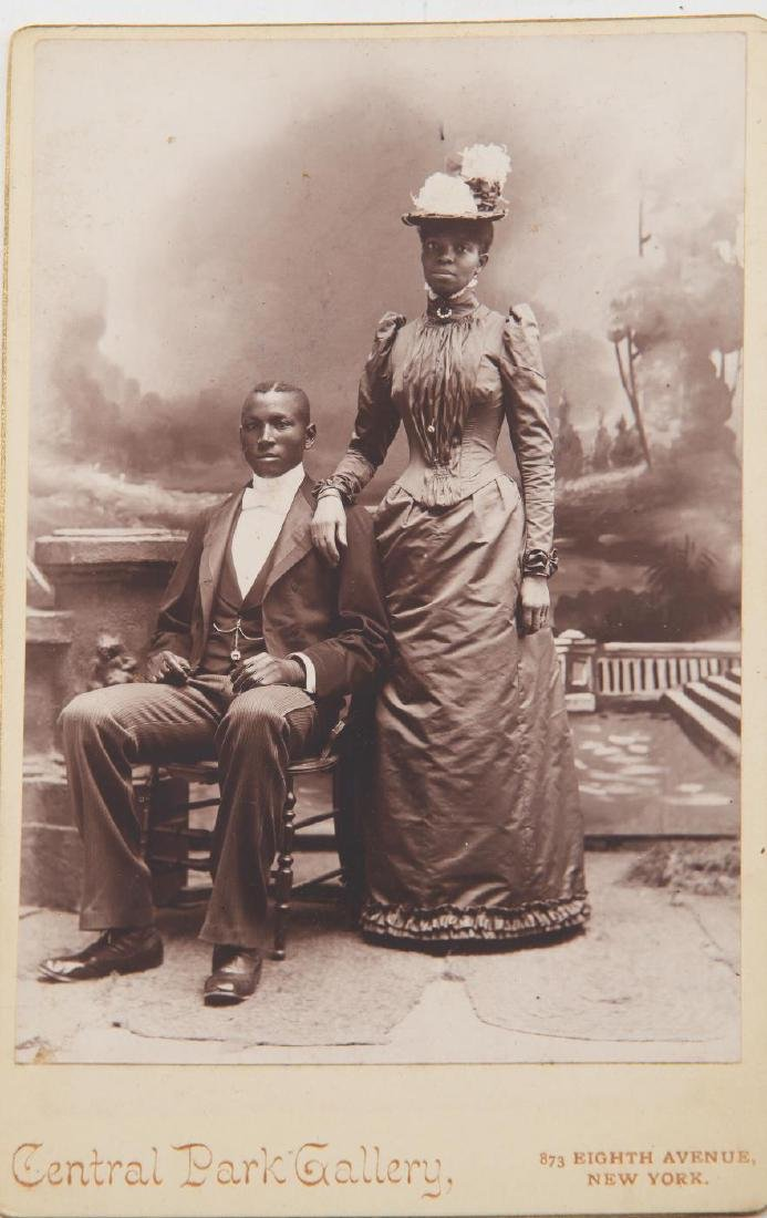 LOT OF (19th and Early 20th c) PHOTOGRAPHS - 10