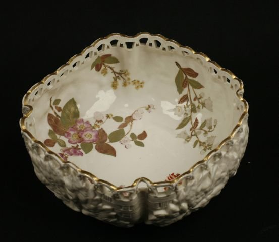 861: Royal Worcester salad bowl. The pierced and gilded