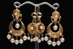 (2) PAIR OF VICTORIAN STYLE 14K GOLD EARRINGS