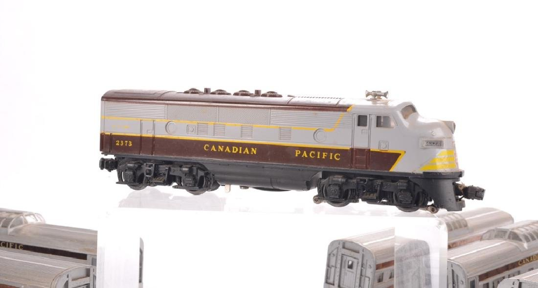 LIONEL O-GAUGE CANADIAN PACIFIC TRAIN SET - 6