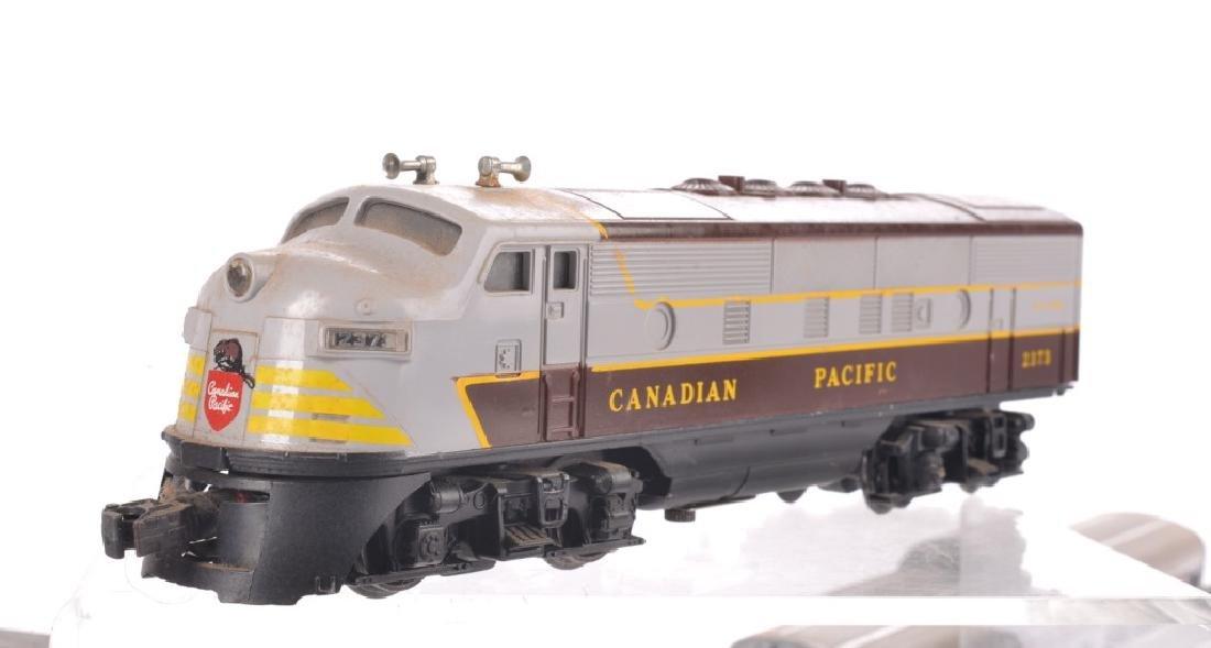 LIONEL O-GAUGE CANADIAN PACIFIC TRAIN SET - 7