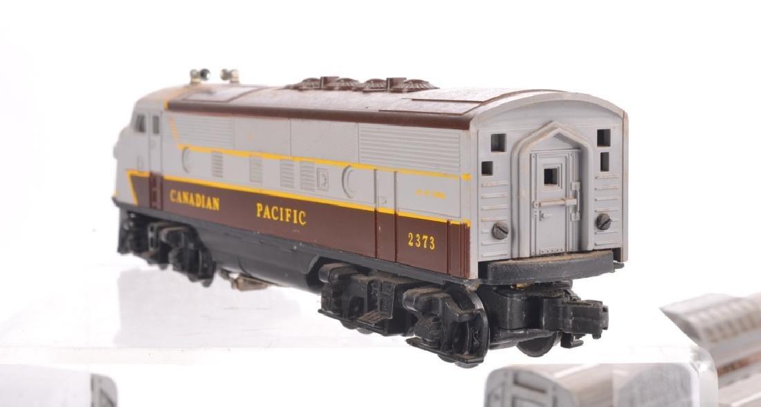 LIONEL O-GAUGE CANADIAN PACIFIC TRAIN SET - 8