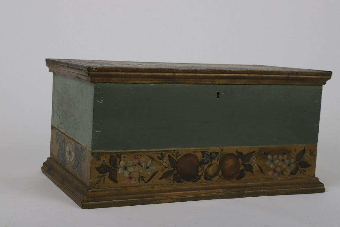 MOLDED DOVETAIL BOX HAND PAINTED w TOLEWARE MOTIF