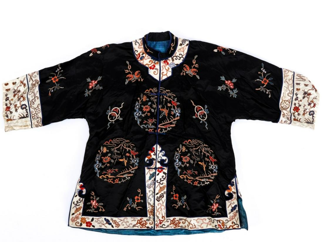 (19th c) CHINESE SILK EMBROIDERED CHILD'S ROBE