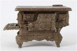Royal Miniature Cast Iron Child's Toy Stove