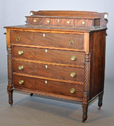 16: Massachusetts country Sheraton chest of drawers. Th
