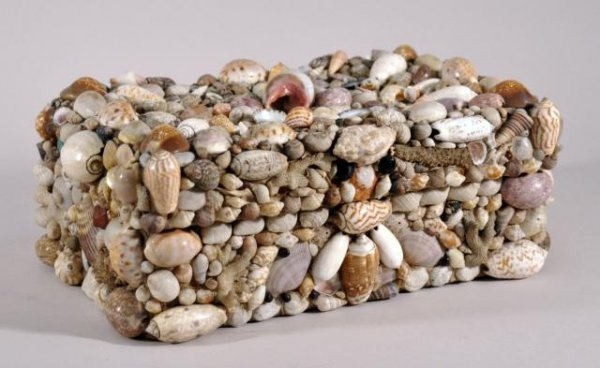 3: Early folk art box decorated with sea shells. Height