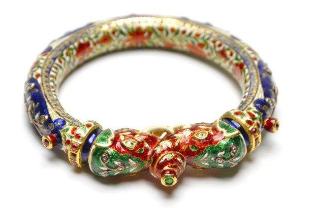 246: 18k gold moghul gem set enamel bracelet colorful