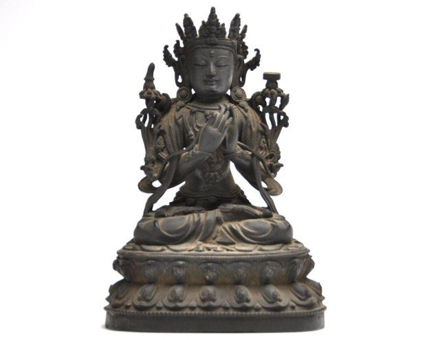 4: Chinese, possibly Ming, bronze figure of a bodhisatt