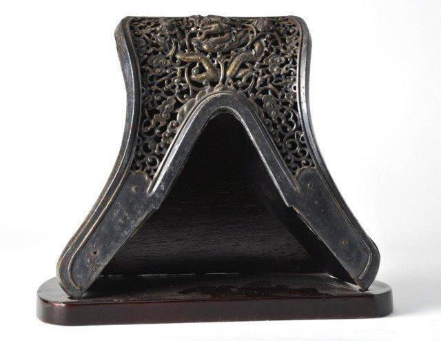 29: Chinese gilt steel saddle pommel