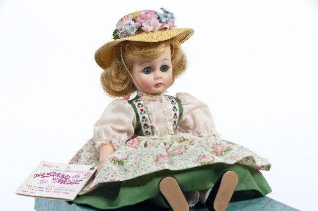 218: Lot of five Madame Alexander Sound of Music dolls - 5