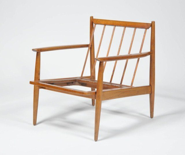 16: Mid century spindle back arm chair