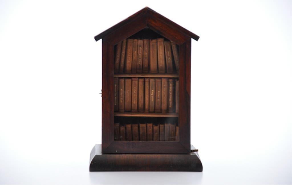 Cased set of Miniature Books Shakespeare
