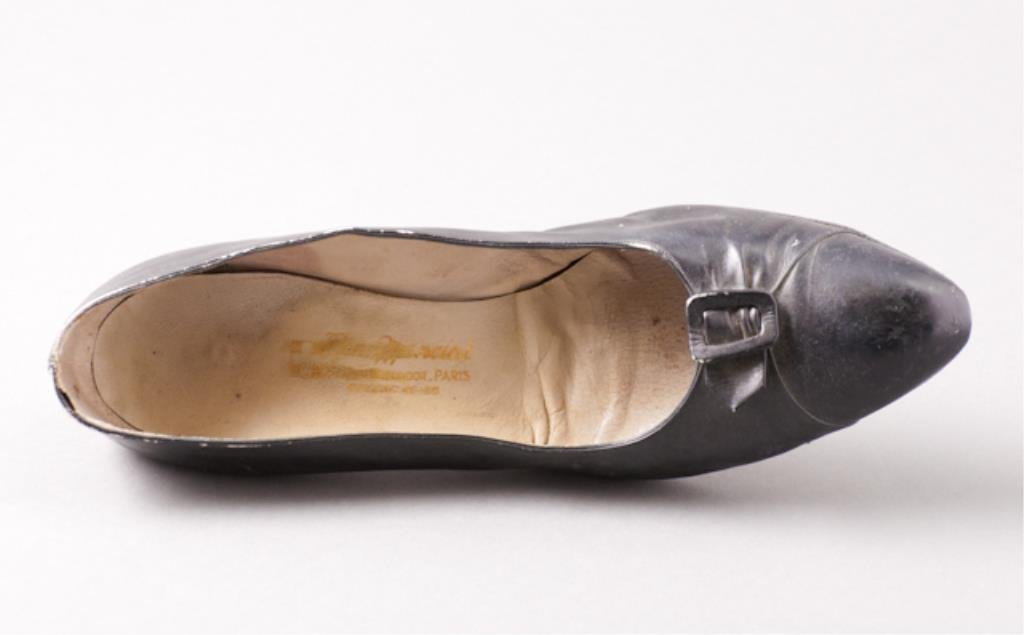 Pair of Jackie Kennedy's Mancini Shoes - 7