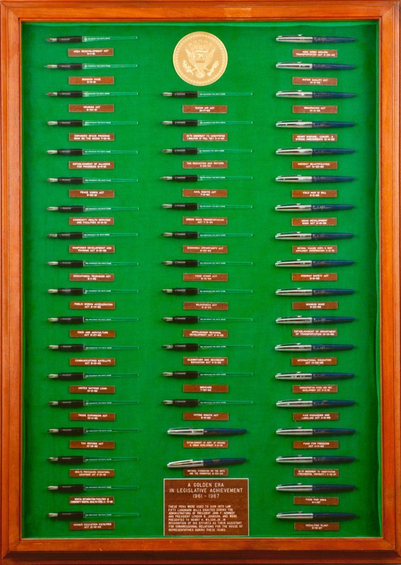 50 Pens Used to Sign Bills into Law 61-67