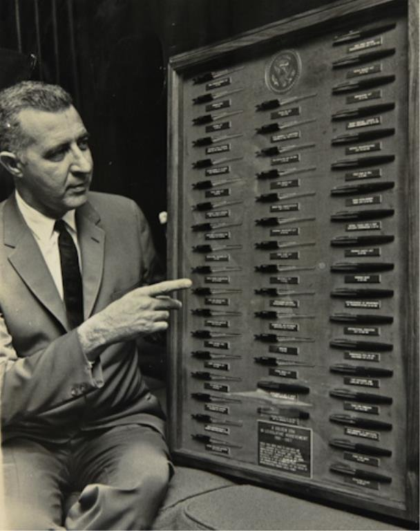 50 Pens Used to Sign Bills into Law 61-67 - 2