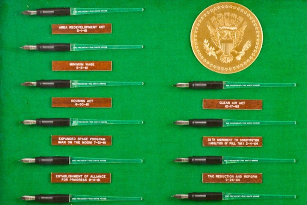 50 Pens Used to Sign Bills into Law 61-67 - 6