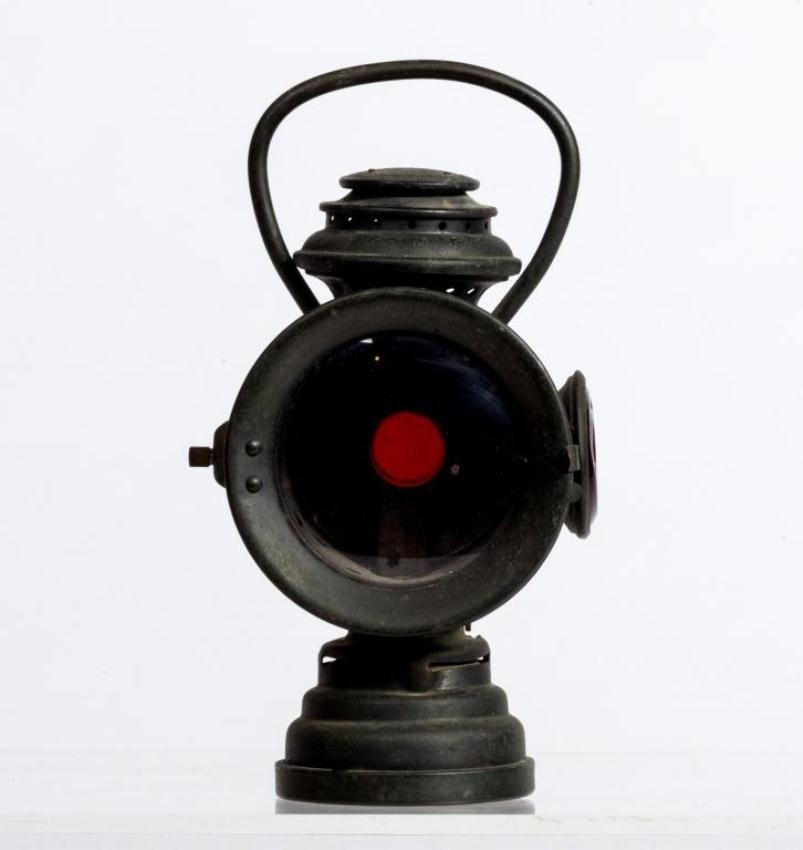 NEVEROUT INSULATED KEROSENE SAFETY CARRIAGE LAMP