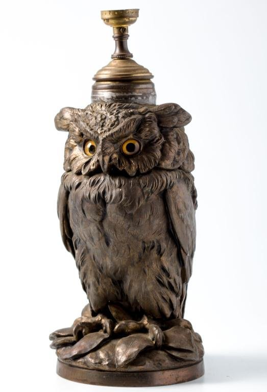 Zinc Alloy Figural Cast Owl Lamp with Glass Eyes