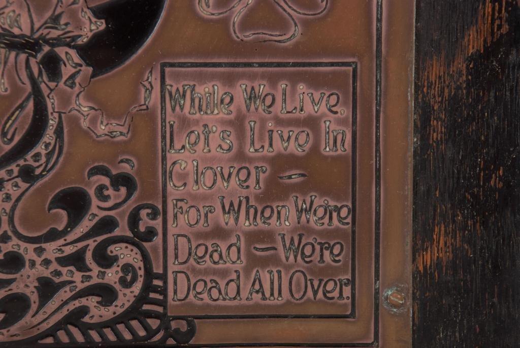 """""""Dum Vivimus Vivamus"""" Brass Wall Plaque - 4"""