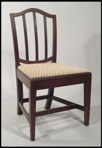 7: English Hepplewhite carved mahogany side chair. The