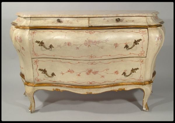 25: Early 20th century Venetian bombe chest.