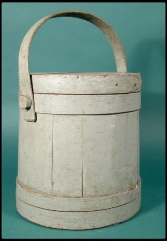 671: Early American country firkin with cover and swing