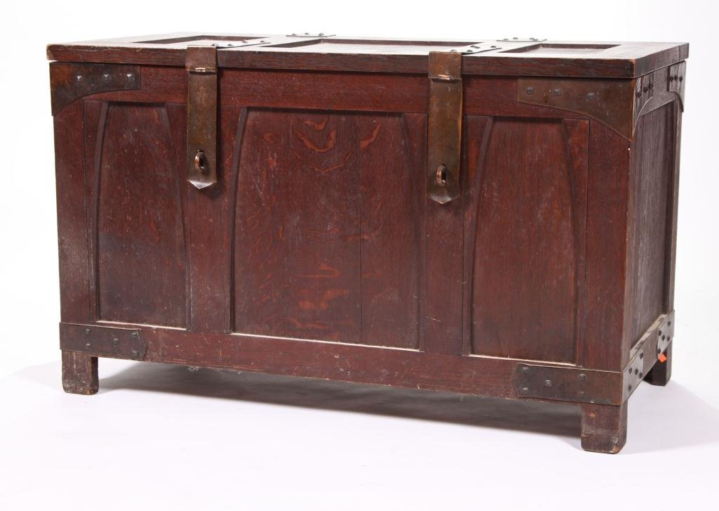 GUSTAV STICKLEY BRIDE'S CHEST ca. 1902