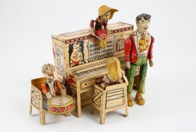 Unique Art Lil' Abner Dogpatch Tin Wind Up Band