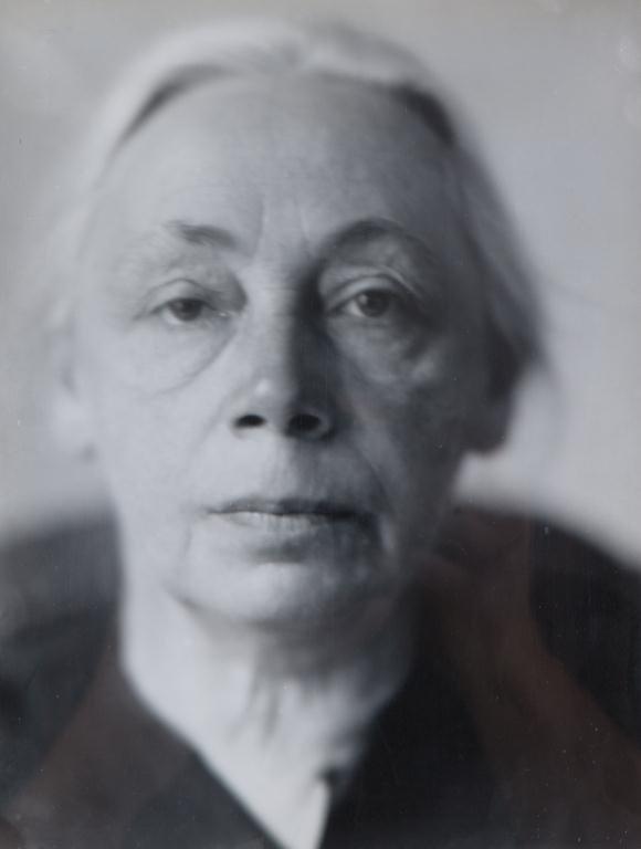 LOTTE JACOBI (1896-1990)