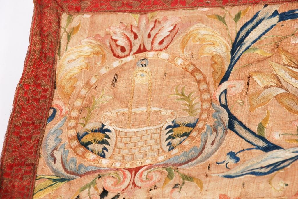 (17th /18th c) EMBROIDERY - 4