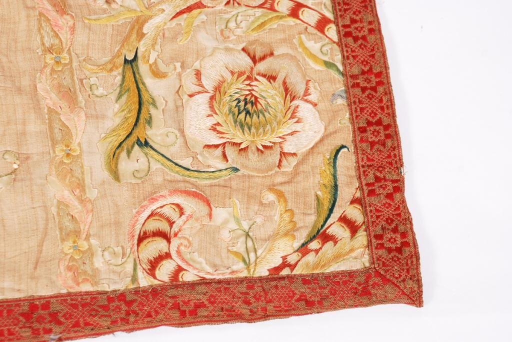 (17th /18th c) EMBROIDERY - 7